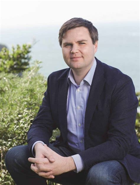 Review: In 'Hillbilly Elegy,' a Tough Love Analysis of the
